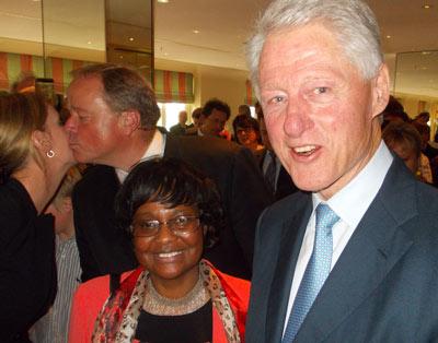 GL-Stadträtin Herzberger-Fofana und Bill Clinton